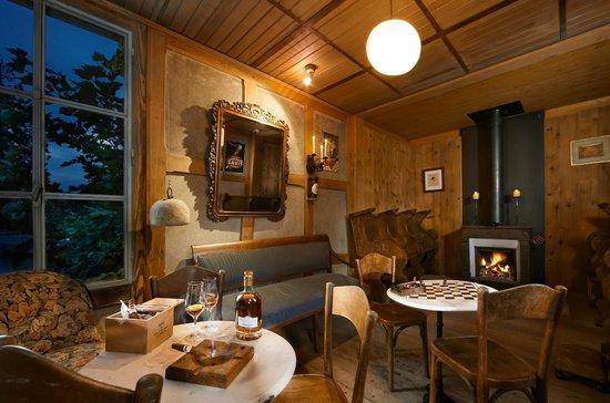 Romantik Hotel de l'Ours: Le Fumoir