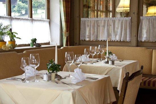 Suitehotel Kleinwalsertal: Tischgedeck im Restaurant
