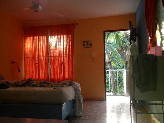 Tropix Hotel: a corner room upstairs