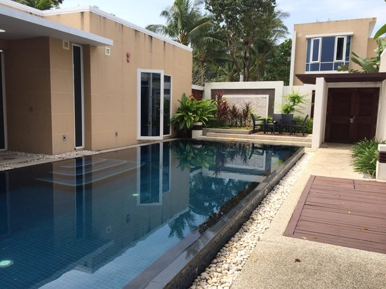 Centara Grand West Sands Resort & Villas Phuket : Piscina della villa