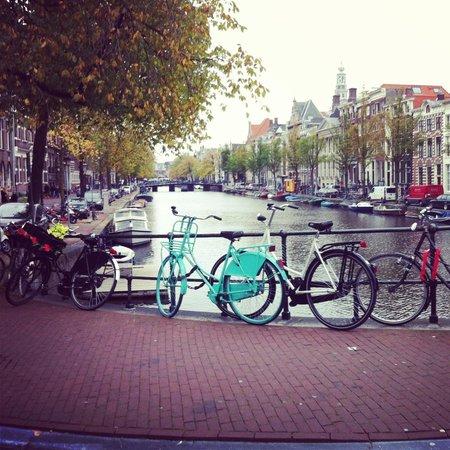 NH Amsterdam Schiller: Beautiful Location