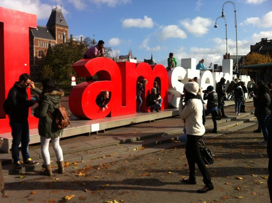 NH Amsterdam Schiller: I AM AMSTERDAM SIGN