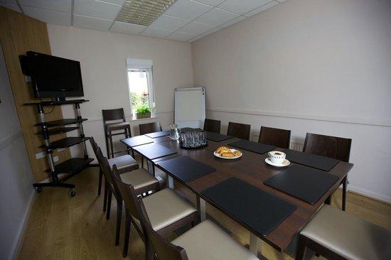 Churchill Court Hotel: Meeting Room