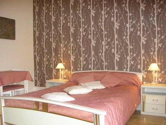 domaine de l 39 arfentiere m con bourgogne voir les tarifs et avis chambre d 39 h tes sp cialis e. Black Bedroom Furniture Sets. Home Design Ideas