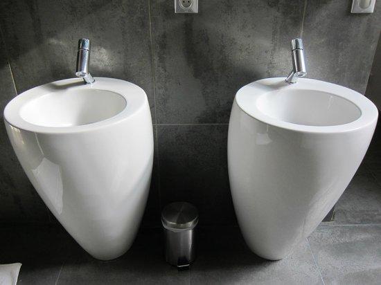 La Maison Blanche : Focus sur les petits lavabos