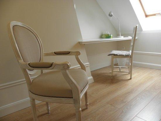 chambre du0026#39;hote pru00e8s amiens moreuil paillart - Picture of Le Colombier ...