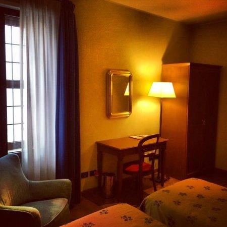 Hotel Columbus: Twin Superior Corner