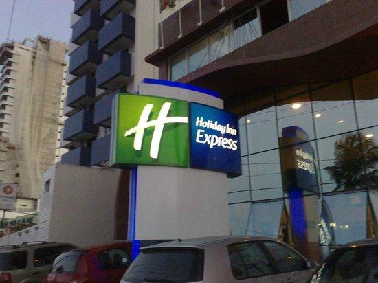 Holiday Inn Express Natal Ponta Negra : Frente do Hotel