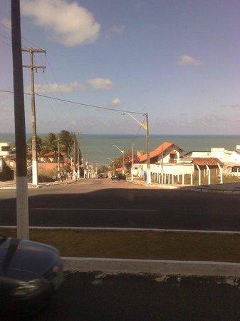 Holiday Inn Express Natal Ponta Negra : Saindo do hotel, você dá de cara com esse marzão lindo!