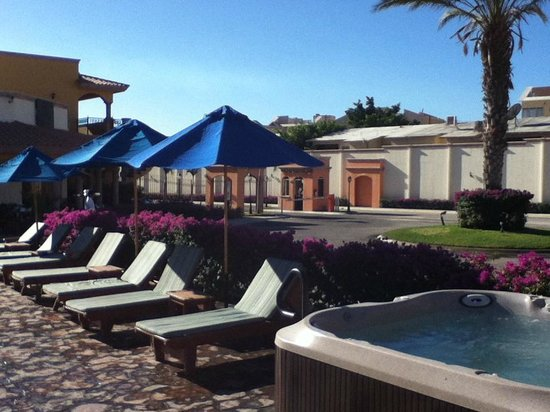 Hotel Quinta Del Sol: Water in the portable spa was changed daily.