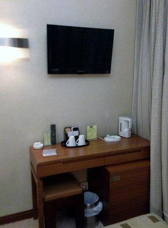 Silka West Kowloon Hotel : デスク