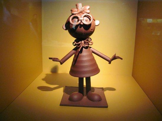 Cité du Chocolat Valrhona : Sculpture en chocolat (20cm de haut)