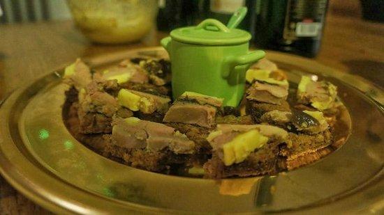 Le Moulin de Tauran : foie gras aux figues sur pain épices maison