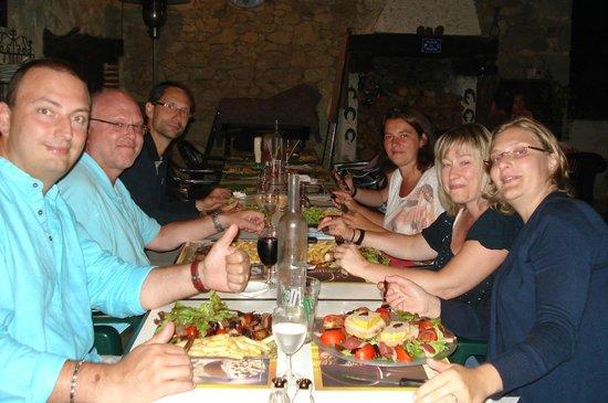 Gîtes la Grange du Cheval Blanc : Soirée au restaurant