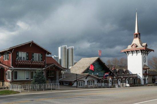 Guggisberg Cheese Factory: Old World Exterior