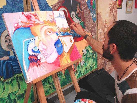 Sarah Bender is inspired by childhood memories to create ...