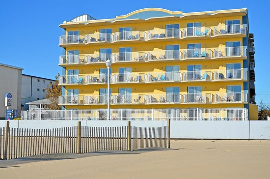 Crystal Beach Hotel: Crystal Beach Oceanfront Hotel