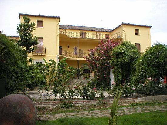 Hosteria Las Palmeras Casa Colonial