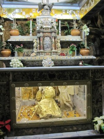 Santuario Santa Rosalia: bones of the saint