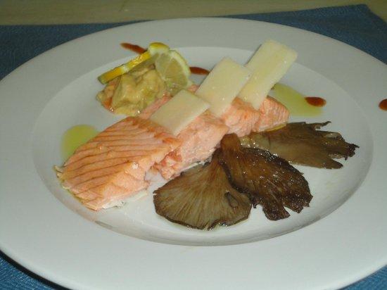 VIK Suite Hotel Risco del Gato : Plato de Pescado , Fish dish