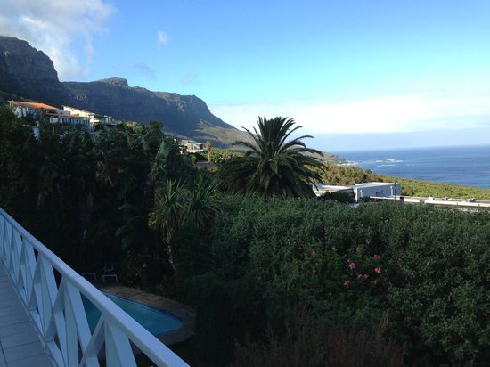 Cape Rose Cottage : Beautiful view day time from balcony