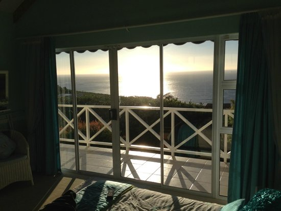 Cape Rose Cottage: Sea view from room