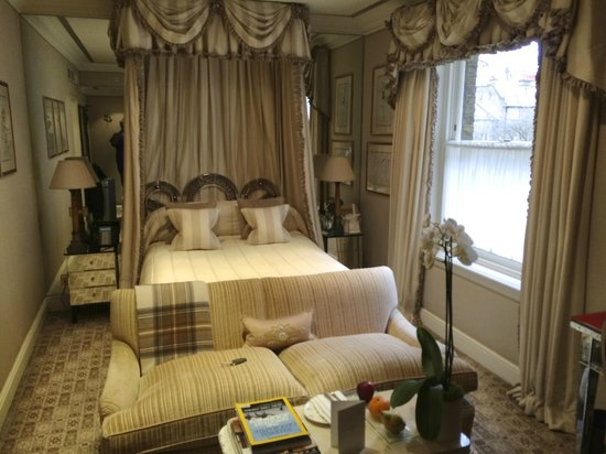 Egerton House Hotel : Our lovely Deluxe Queen room