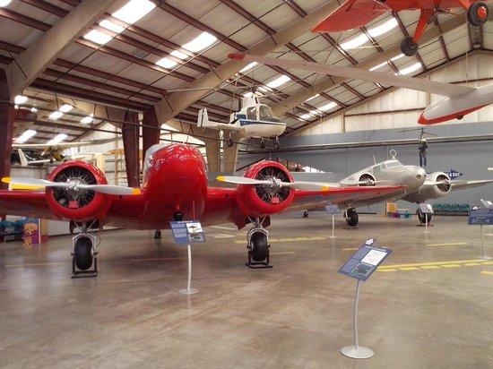 Pima Air & Space Museum: AVION ROJO