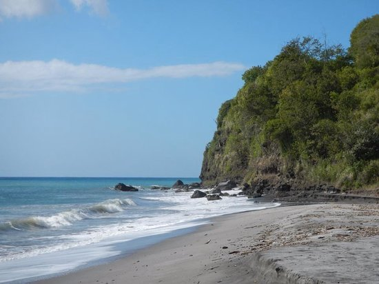 Sandals Regency La Toc Golf Resort and Spa: The black sand beach