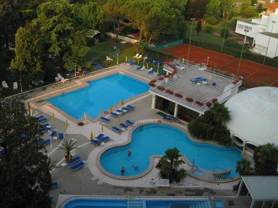 Hotel Ariston Molino Terme: Вид из номера