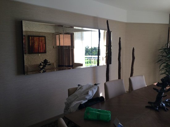 Hilton La Jolla Torrey Pines : Dining room
