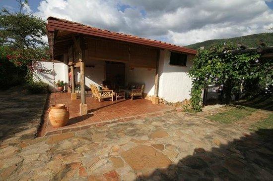 Casa de campo el florido san gil colombia opiniones y for Fotos de terrazas de casas de campo