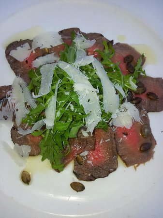 Grand Africa Cafe & Rooms: Beef carpaccio...YUM!