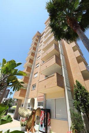 Benimar Apartments: Lateral Apartamentos Benimar