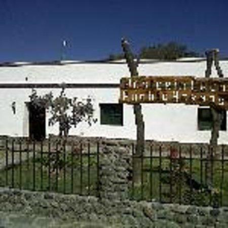 Hosteria Cachi Pueblo Hermoso: Frente Hosteria