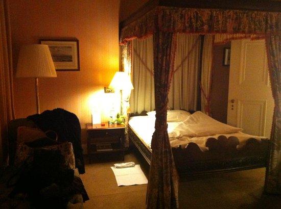 Schlosshotel Kronberg: Mein Zimmer - Nr 104