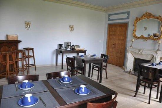 La Grand'Maison: salle de petit déjeuner