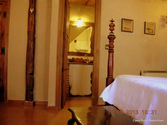 Casa Rural Maderolum: Habitación Maderuelo.