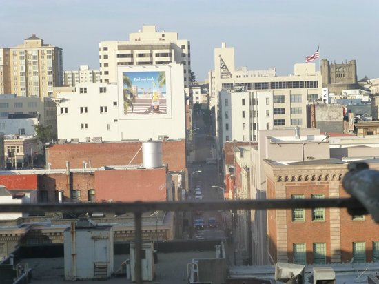 Nob Hill Hotel: View from my room