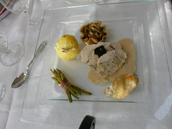 Les Rouvieres : Table d'hôtes repas tout truffes