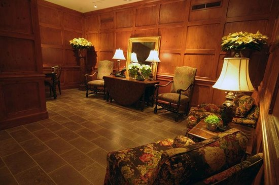 Terrace-Level Lobby at the O.Henry Hotel