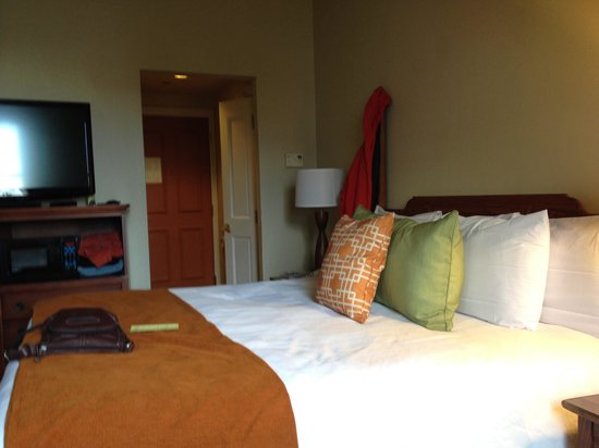 St. James Hotel, an Ascend Hotel Collection Member : Our room 423