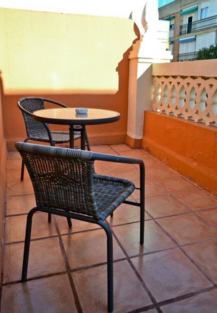 Hostal San Vicente II: Terraza de habitación