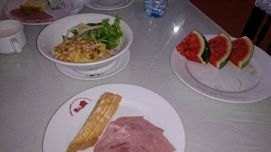 Pho Hoi Riverside Resort: breakfast