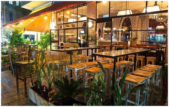 Tangier Bar: tangier 3