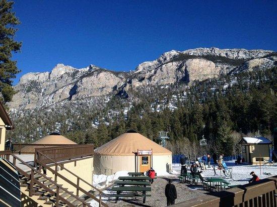 Lee Canyon Resort: Las Vegas Ski & Snowboard Resort
