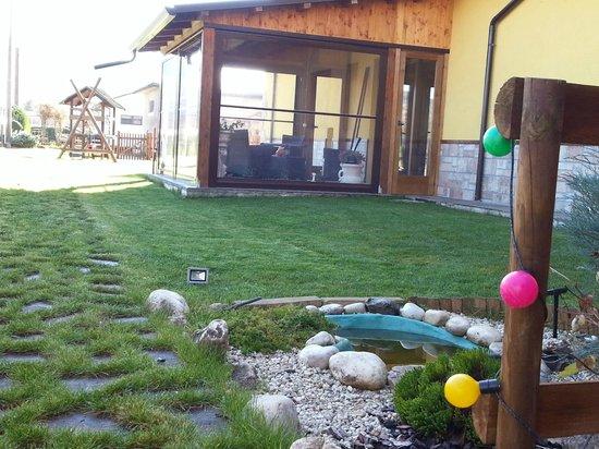 Agriturismo Il Vecchio Pollaio: giardino