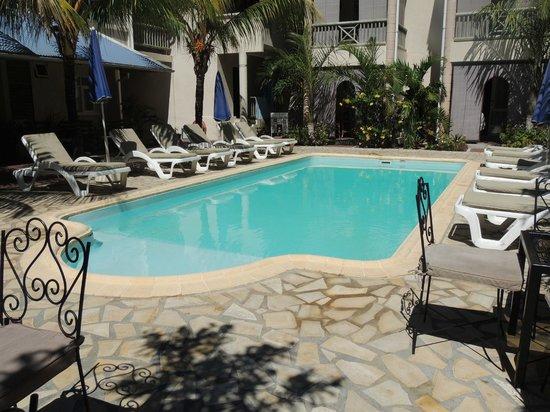 Le Palmiste Resort & Spa : 2nd pool