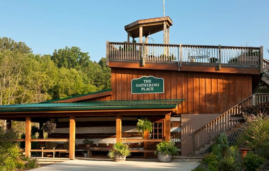 The Inn & Spa at Cedar Falls: Gathering Place