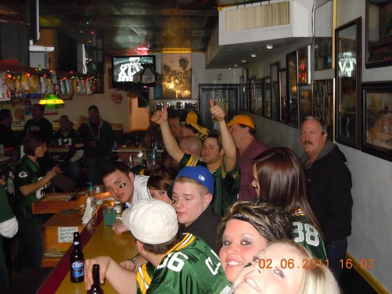 Jim's Bar: Packers game